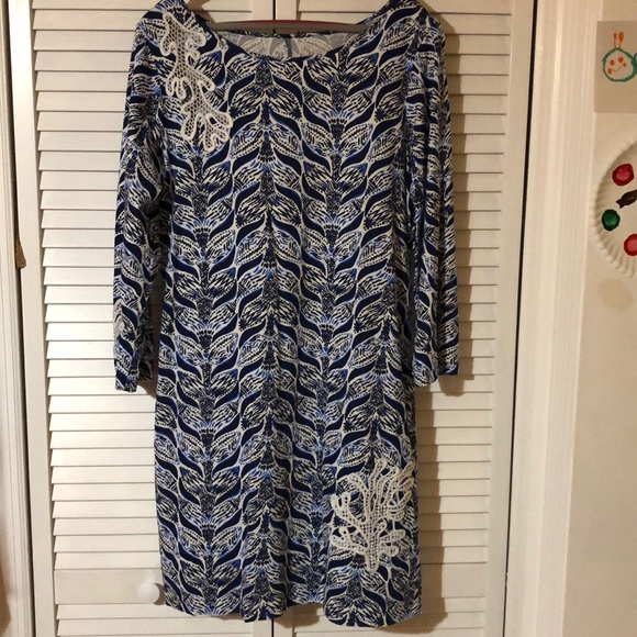 Lilly Pulitzer Dresses & Skirts - NWOT cute Lilly Pulitzer 3/4 sleeve cotton dress L